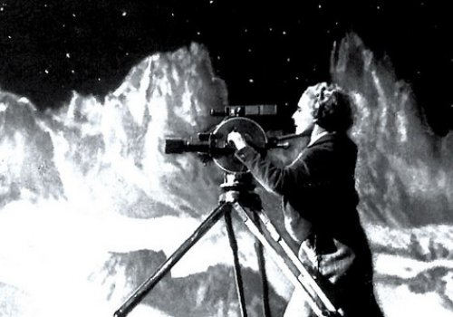 1929!: Frau im Mond